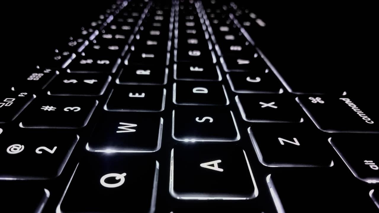 dark keyboard